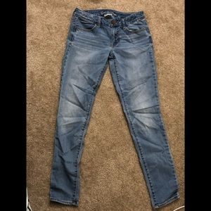 Size 8 low rise American Eagle Jeans